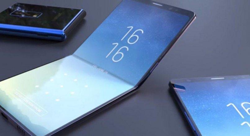 """Samsung'un Yeni Çıkacak Katlanabilir Telefonu Galaxy """"?"""" Söylentiler"""